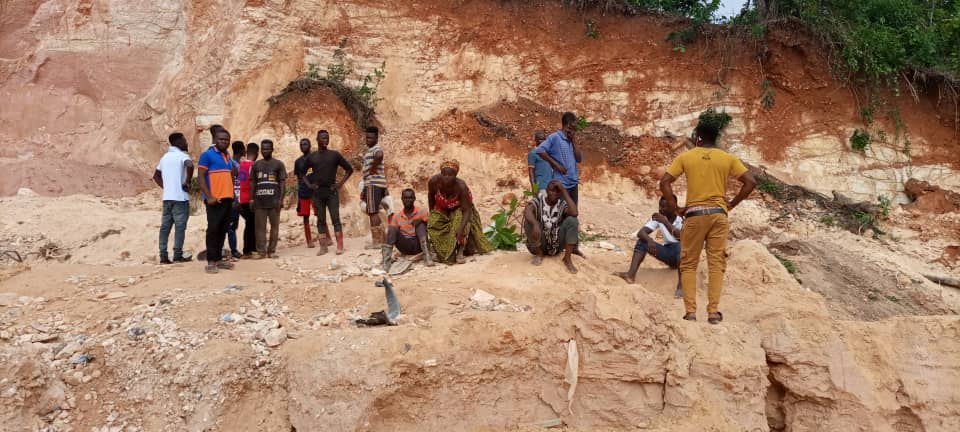 """Three People Die In """"Galamsey Pit"""" With Many Others Feared Trapped"""
