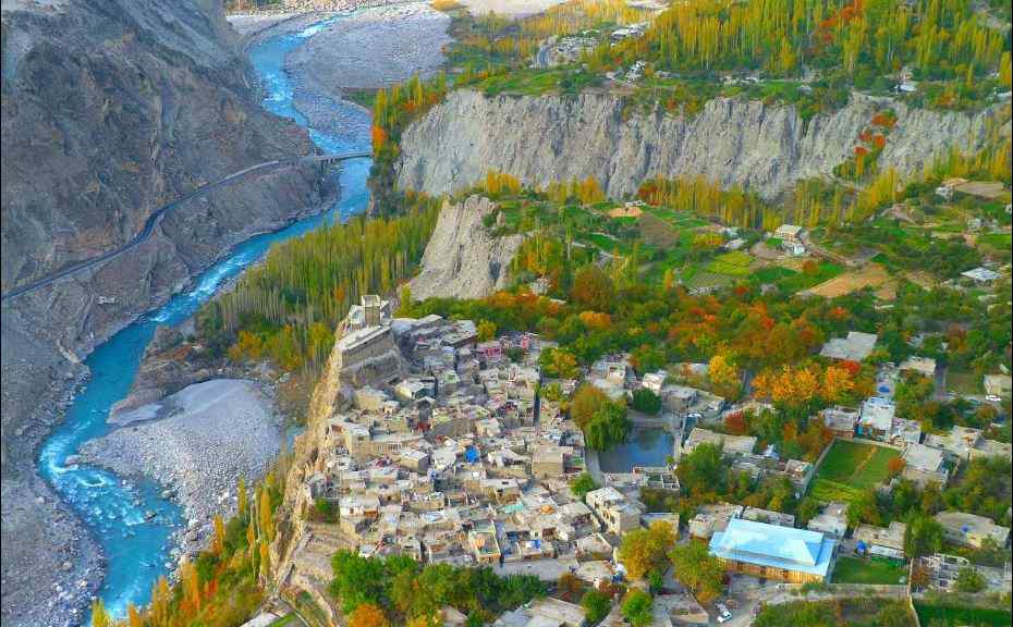 Top 20 Reasons to visit Hunza valley