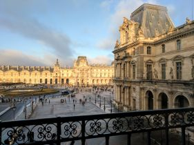 Sunny view from the Louvre