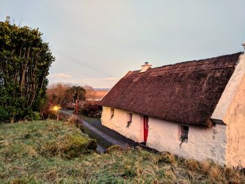 Thatched Cottage in Spiddal