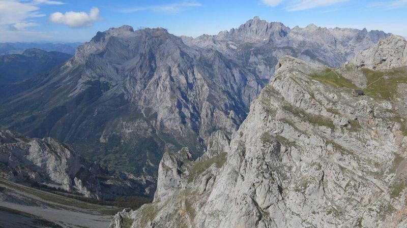 hiking in Picos de Europa