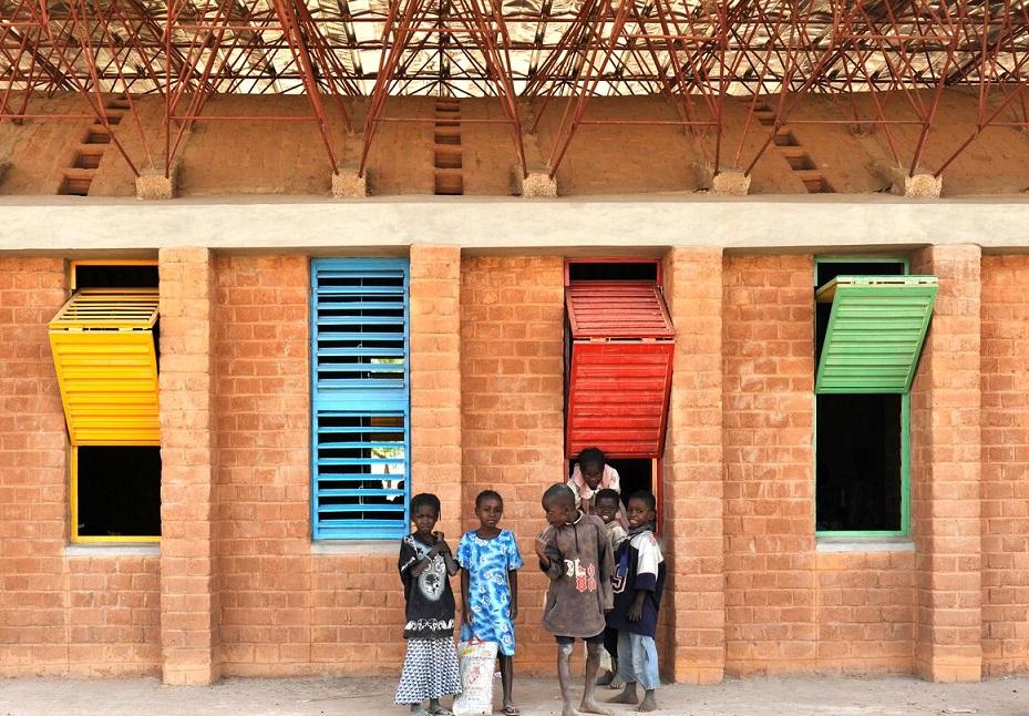 Françis Kéré: l'Africain qui révolutionne le monde de l'architecture
