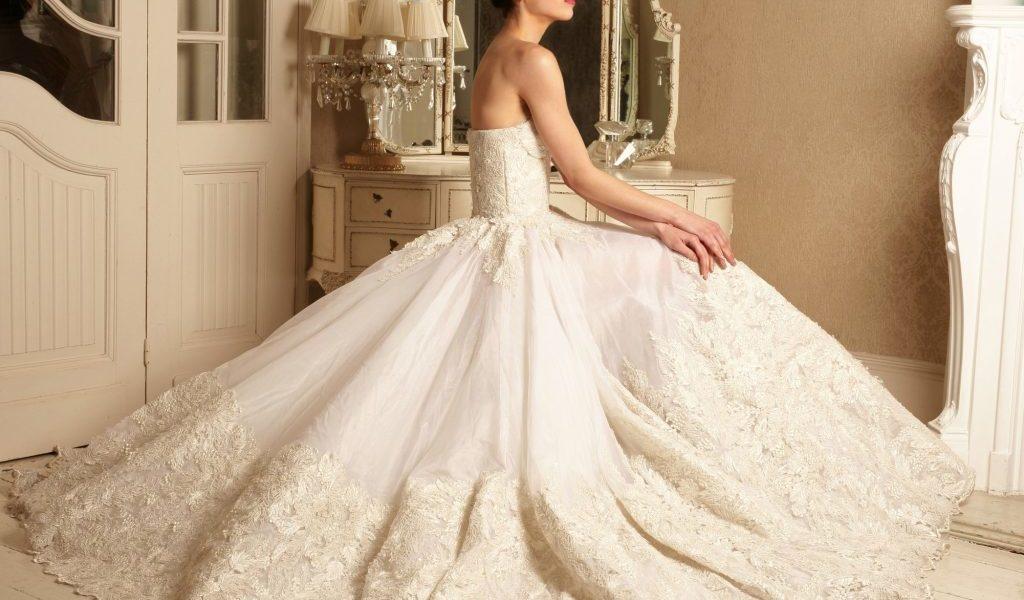 Alonuko Bridal Dress Designer London UK