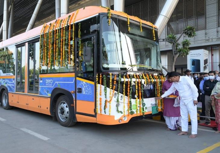 Ahmedabad Airport Bus
