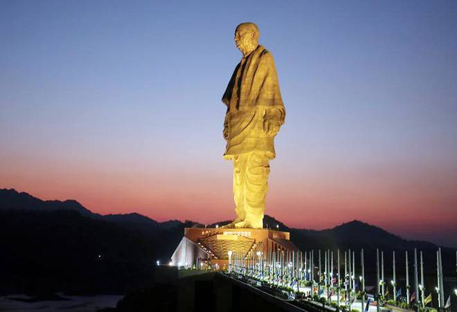 Statue of Unity from Ahmedabad by Private Cab/Taxi