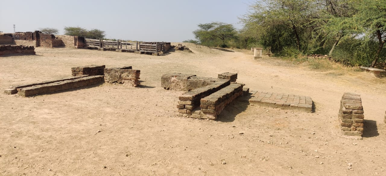 Lothal fort town