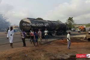 Ejisu: Fuel tanker explodes and causes havoc (Photos)