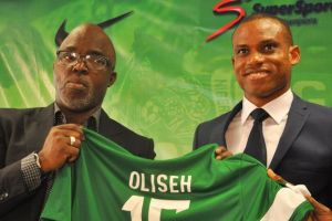 Former Nigeria coach Sunday Oliseh has been appointed boss of Dutch side Fortuna Sittard.