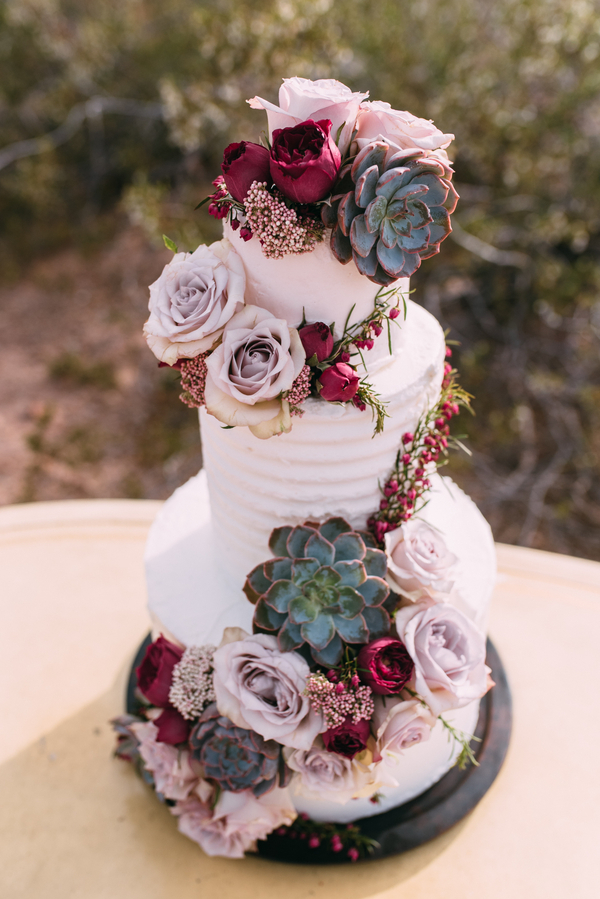 Stunning Succulent Wedding Cakes Inspired By Nature Source Source Source Source  For more Succulent Wedding Cakes