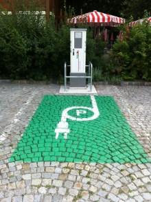 heiligenkreuz-04-parkplatz