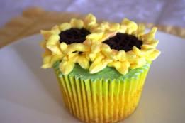 Sunflower Lemon Cupcakes