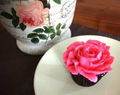 Rose Cupake