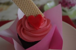 Valentine Chocolate Cupcakes with Strawberry Wafer