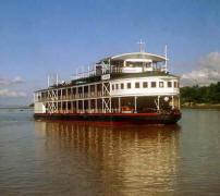 PANDAW2boatW_small