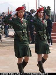 တရုတ်ရေးရာကော်မတီဥက္ကဌ ဘွားဒေါ်ဂျီးအား ဝစစ်သမီးလေးများမှ ဂုဏ်ပြုနှုတ်ဆက်စဉ်