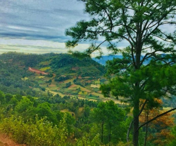 On the way of trekking from Kalaw to Inle 12