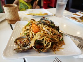 The spaghetti with clams was very good too but could have used more of a kick.