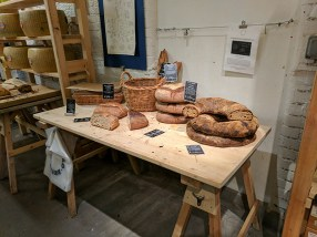 Neal's Yard Dairy, Borough Market: Bread