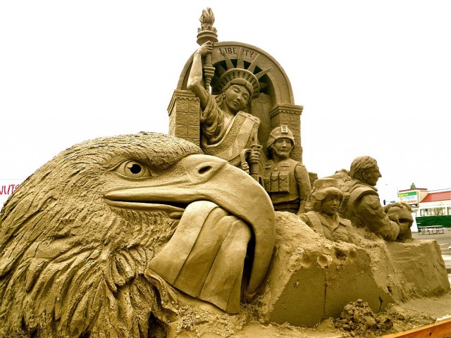 10. Beautiful Sand Sculpture