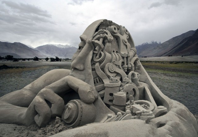 11. Beautiful Sand Sculpture