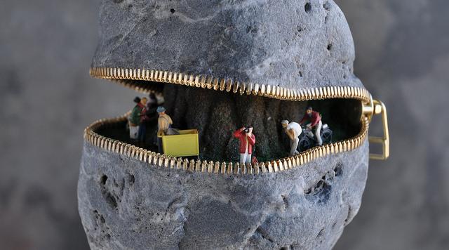 19. Hirotoshi Ito Stone Sculpture