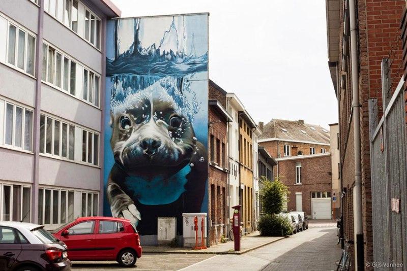 5. diving-dog-street-art-mural-smates-bart-smeets-4