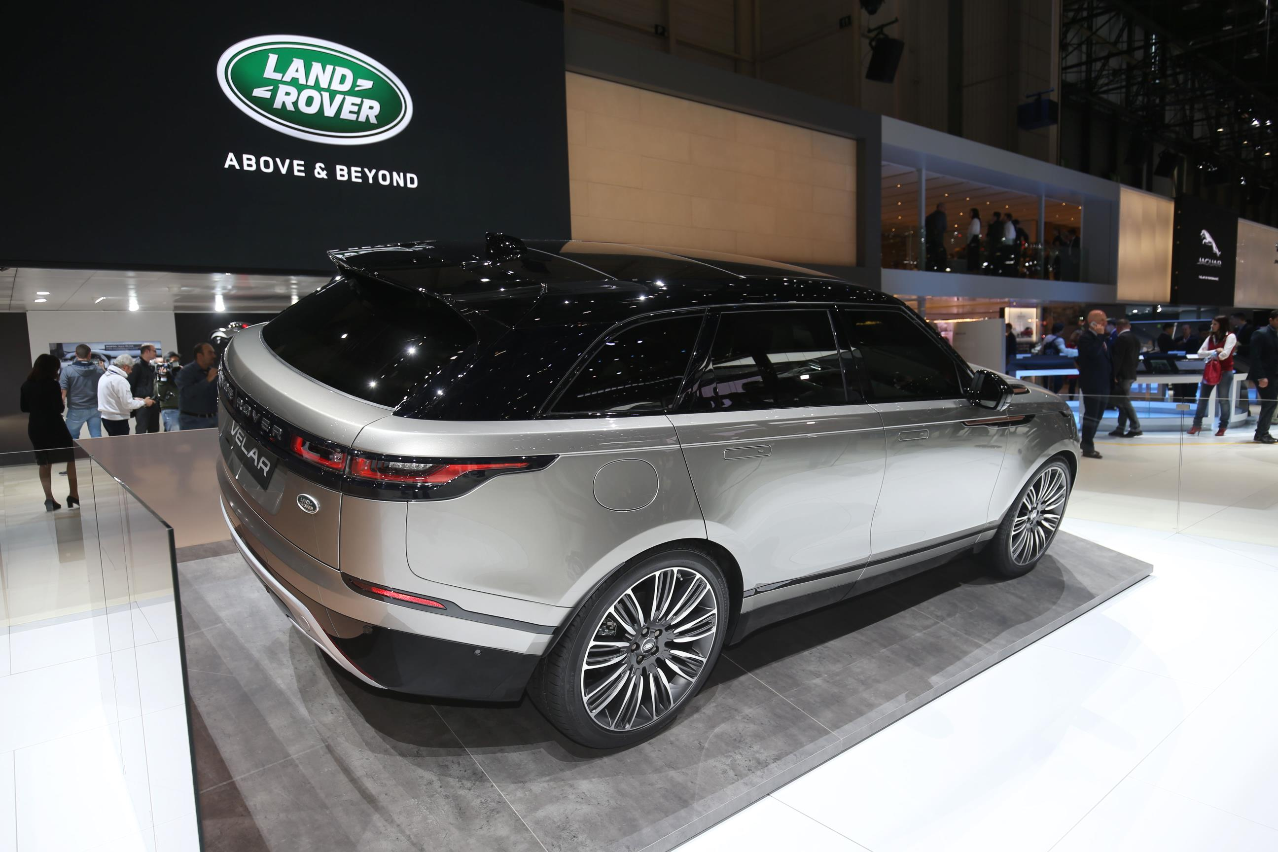 INTRODUCING RANGE ROVER VELAR myAutoWorld