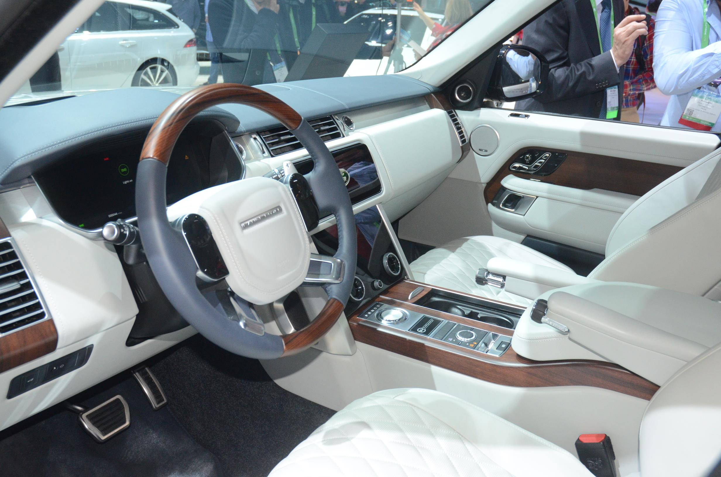RANGE ROVER 2017 LOS ANGELES AUTO SHOW myAutoWorld