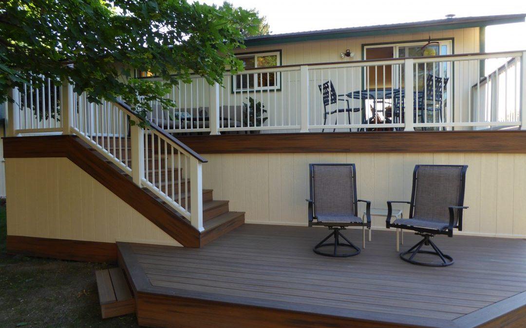 Deck and aluminum handrail