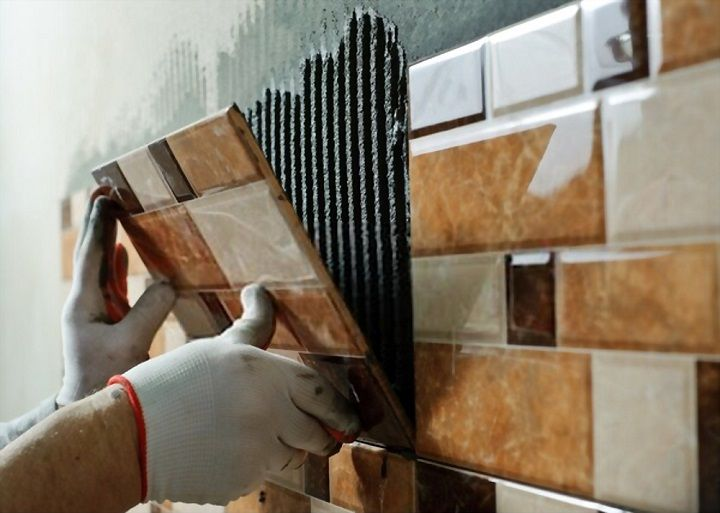 how to fix a loose bathroom wall tile
