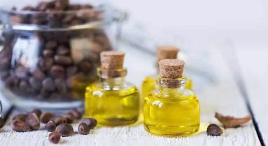 Castor oil Vs Olive Oil