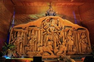 Tempelbau für das Durga Puja Festival