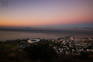 Kapstadt by night von Signal Hill