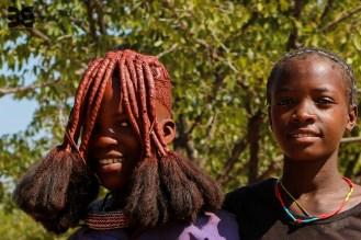 junges Himbamädchen