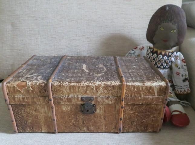 Mum's miniature trunk