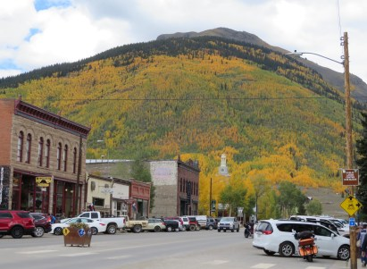 Silverton under the Aspen filled mountain