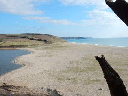 The sand bar at Loe Pool and beach