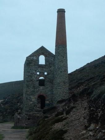 Wheal Coates, Towanroath Shaft engine house on the cliffs near St Agnes