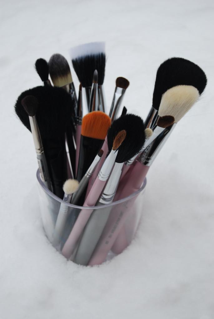 Mes tiroirs à makeup… mes pinceaux!