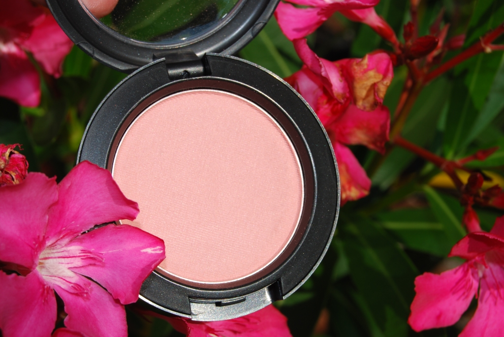 MAC blush Stunner [MAC me over]
