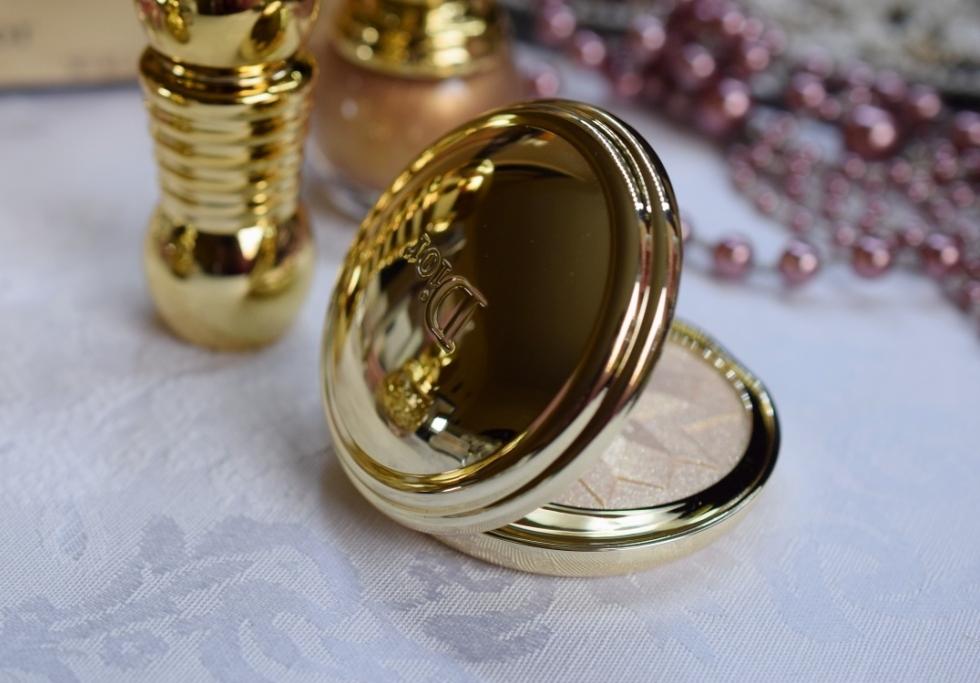 Dior Gold Shock highlighter 2
