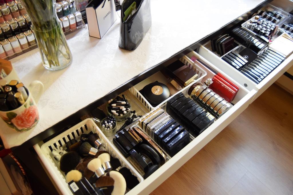 mon rangement maquillage my beauty qu bec. Black Bedroom Furniture Sets. Home Design Ideas