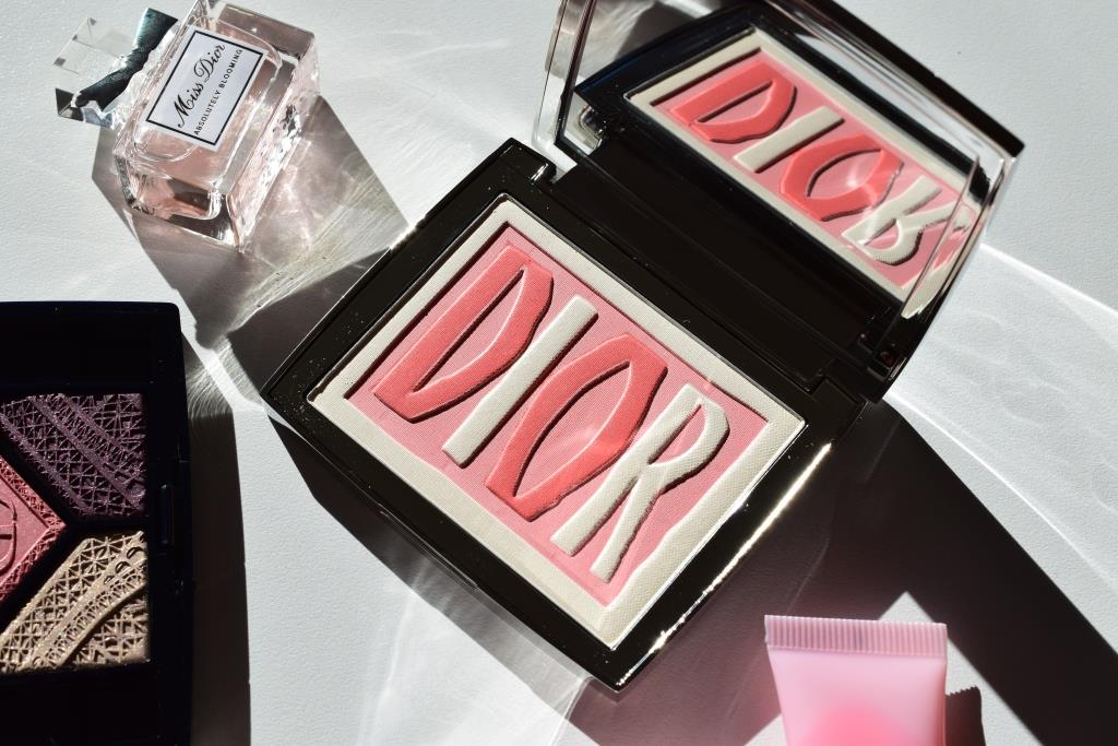 Dior Label Glowing color blush 004