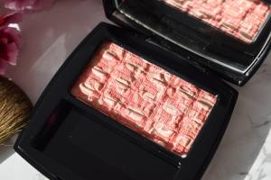 CHANEL Blush Tweed Coralline