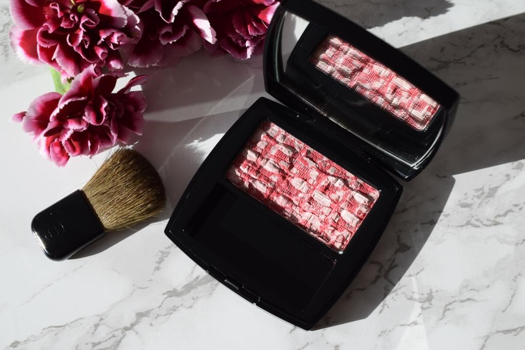 CHANEL Blush 110 Tweed Cherry Blossom