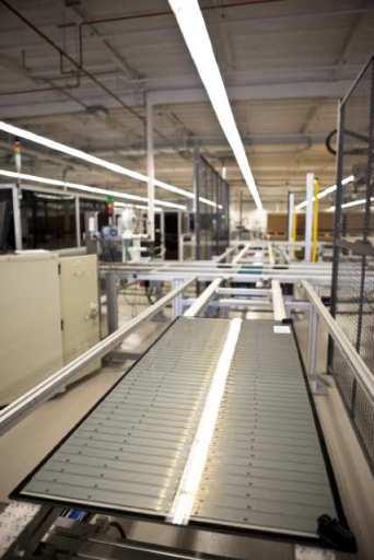 Fabrica de Paneis Solares no Arizona