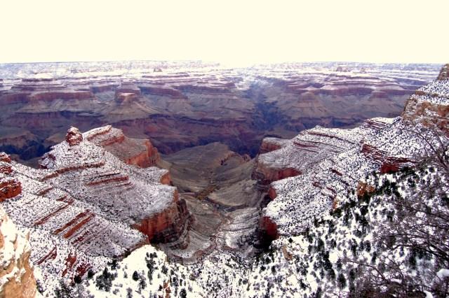 Antropogênico Aquecimento Global Manipulado- Neve no Grand Canyon (Fonte: FoxNews)