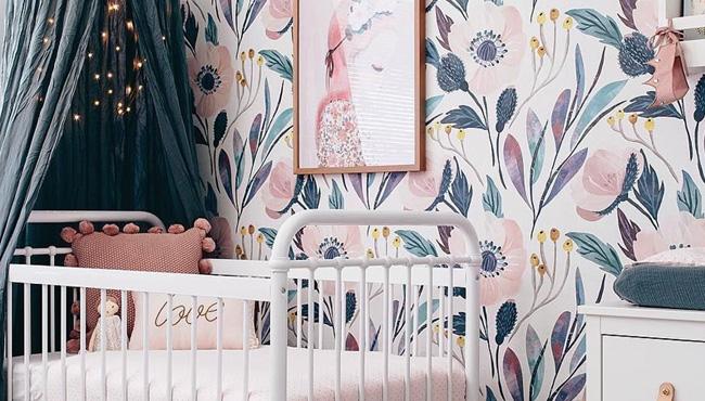 chambre de bebe avec le bleu canard