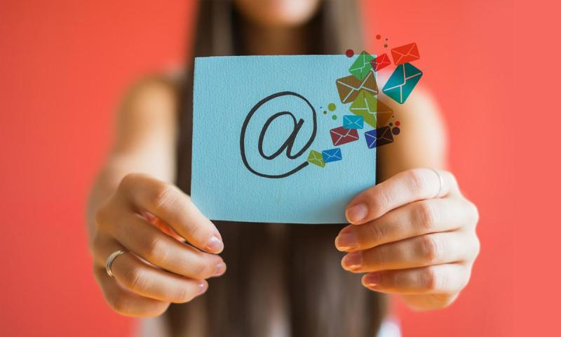 email marketing - Is email marketing still a worthwhile tactic a marketer should pursue?