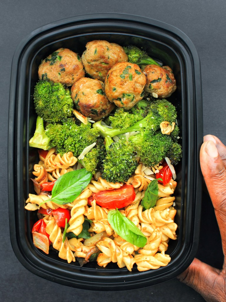 Meal Prep Chickpea Protein Pasta, Roasted Broccoli & Turkey Spinach Meatballs